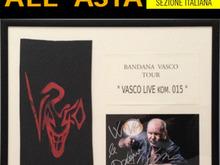 Da Mercoledì 9 la bandana di Vasco all'asta benefica di Amnesty International