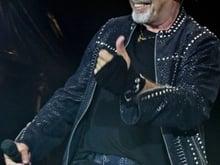 LA BEST NEWS DELL'ANNO! SARDEGNA ARRIVIAMOOO VASCO NON STOP LIVE 2019 SBARCA IN SARDEGNA