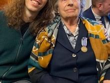 Oggi consegna a nonna Novella della medaglia d'oro al papà di Vasco