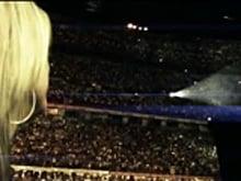 """Vasco lancia in esclusiva su fb il video """"Stammi vicino"""", protagonista Stef Burns """"la chitarra innamorata"""" e Maddalena Corvaglia con la loro favola d'amore"""
